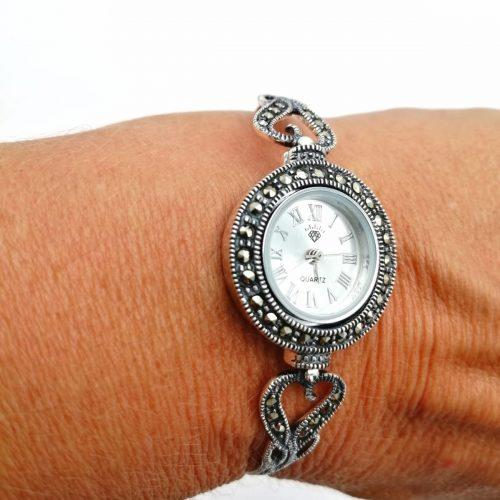 Reloj con marcasitas de plata